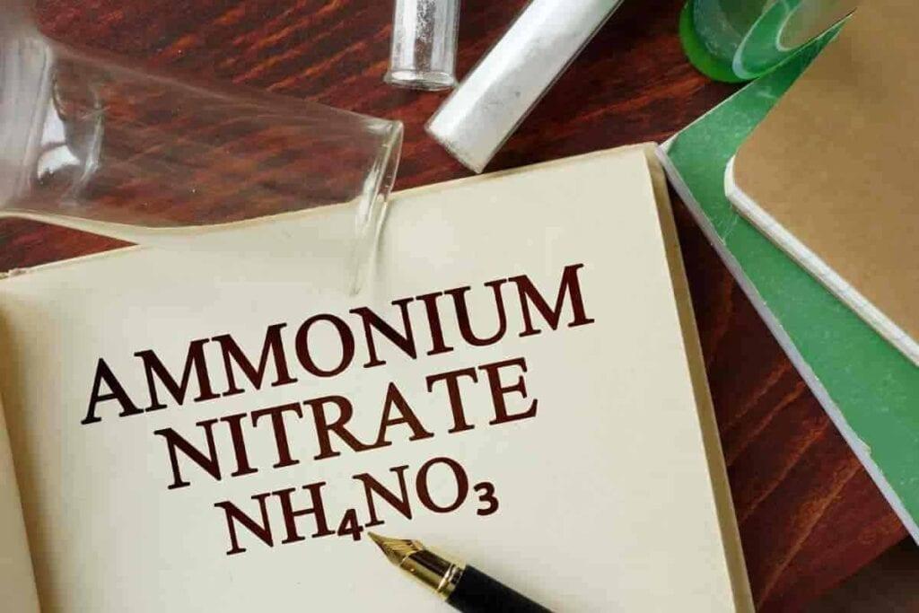 Estructura química del fertilizante de nitrato de amonio
