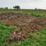 Cómo prevenir la erosión del suelo en los jardines y en las granjas